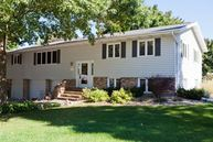 1408 Meadowbrook Waverly IA, 50677