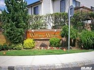 23 Balsam Ct 23 Wantagh NY, 11793