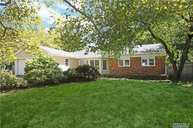 60 Lefferts Ave East Northport NY, 11731