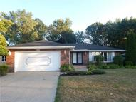 6730 Enfield Dr Mayfield Heights OH, 44124