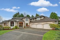 242 Sw 193rd Place Normandy Park WA, 98166