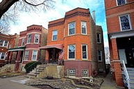 3535 N Bell Ave Chicago IL, 60618