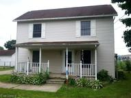 621 Franklin Ave Conesville OH, 43811