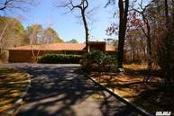 6 Blueberry Ct Quogue NY, 11959