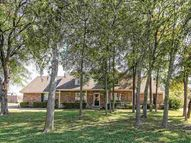 2813 Moonlight Dr Robinson TX, 76706