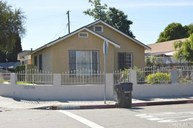 1262 East 75th Street Los Angeles CA, 90001