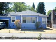 425 6th Street Lakeport CA, 95453