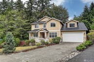 21519 32nd Place W Brier WA, 98036