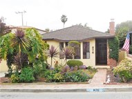 876 11th Street Manhattan Beach CA, 90266