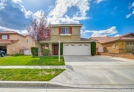883 Saint Andrews Way Beaumont CA, 92223