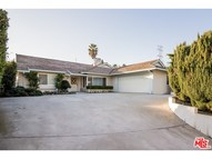 7158 Macapa Drive Los Angeles CA, 90068