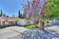 2810 Frances Avenue La Crescenta CA, 91214
