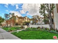6846 Hatillo Avenue #B Winnetka CA, 91306