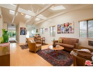 1046 Oakwood Avenue Venice CA, 90291