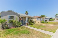 2687 Caspian Avenue Long Beach CA, 90810