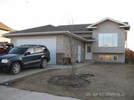 3910 70th Avenue Lloydminster AB, T9V 2A5