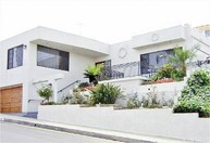 4235 Don Jose Drive Los Angeles CA, 90008