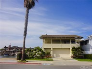4051 Davenport Drive Huntington Beach CA, 92649