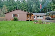 4465 Woodland Cir Oak Harbor WA, 98277