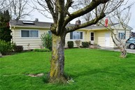 105 Blankers St Everson WA, 98247
