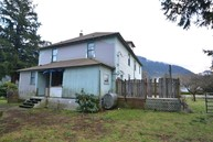 307 Maple St Hamilton WA, 98255
