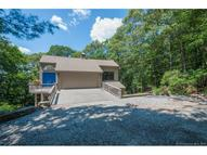 16 River Road Drive Essex CT, 06426