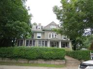 185 Ocean Ave New London CT, 06320