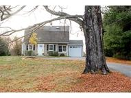 85 Maple St Litchfield CT, 06759