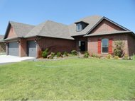 3116 Langley Dr Norman OK, 73071