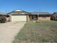 601 Mimosa Dr Norman OK, 73069