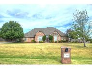 1705 Sw 40th St Moore OK, 73160