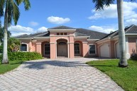 3200 W Stonebrook Cir Davie FL, 33330