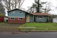 740 S 3rd St Cottage Grove OR, 97424