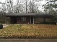 1544 Babs Dr West Point MS, 39773