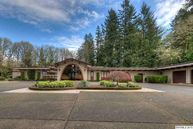 3230 Croisan Creek Rd S Salem OR, 97302