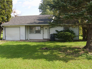304 N Hickory Farmland IN, 47340