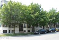 909 W Sheridan #3rd Chicago IL, 60613