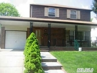 25 Kalda Ave New Hyde Park NY, 11040