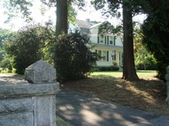 273 Ocean Avenue New London CT, 06320