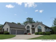 5 Willow Circle Greenville IL, 62246
