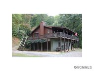 28 Honeybear Lane Clyde NC, 28721