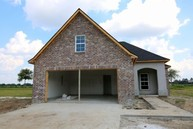 204 Whispering Meadows Rd Broussard LA, 70518