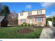 232 Westwood Park Dr Havertown PA, 19083