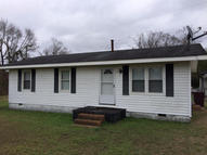 44 Berry Ln Whiteville NC, 28472