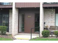 16415 Heather Ln Unit: S204 Middleburg Heights OH, 44130