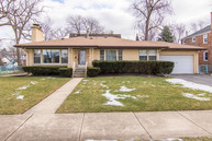601 S. Clifton Avenue Park Ridge IL, 60068
