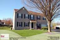 6076 High Meadow Dr Pipersville PA, 18947