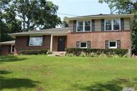 3 Swallow Ln Huntington NY, 11743