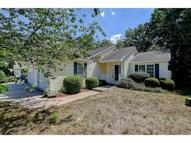 23 Lincoln Dr 23 Londonderry NH, 03053