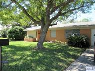 324 S Mulberry Luling TX, 78648